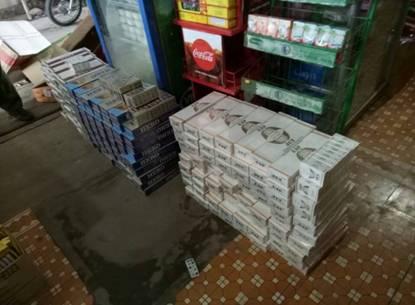 Phát hiện điểm kinh doanh số lượng lớn thuốc lá điếu nhập lậu vào thời điểm cận Tết Nguyên đán